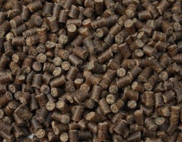 Koifutter, Winterfutter für Koi, Sinkfutter für Koi im Winter, liefert den Koi schonend Energie auch bei niedrigen Wassertemperaturen, Tomodachi Winterfood Winter Diet, 5mm, 15kg Sack - 2
